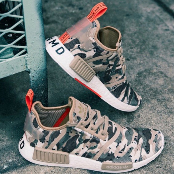 43d76f127 Adidas NMD R1 Sneakers Camo Pack G27915